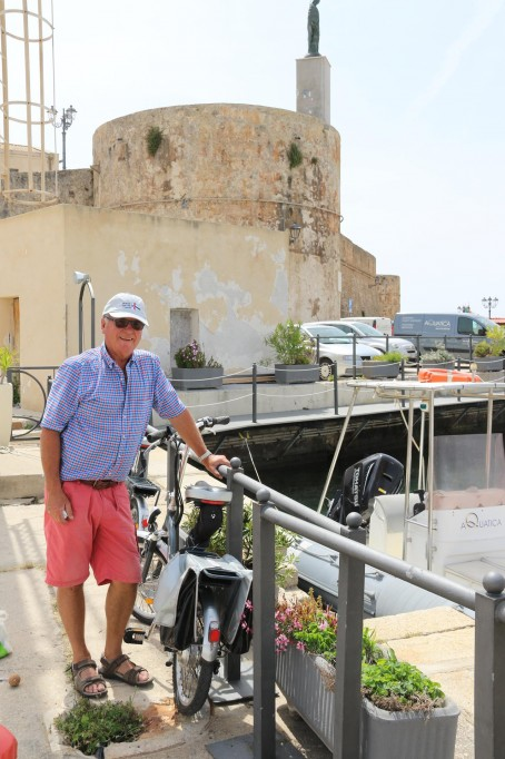 Ric gets the bikes out so we can explore Alghero again