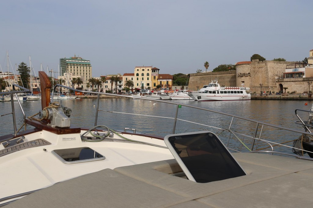 Good views of the Alghero harbour