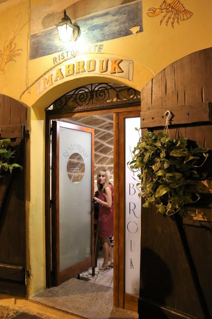 Tonight  Hendrik, Renee, Ric and I try Mabrouk Restaurant for dinner