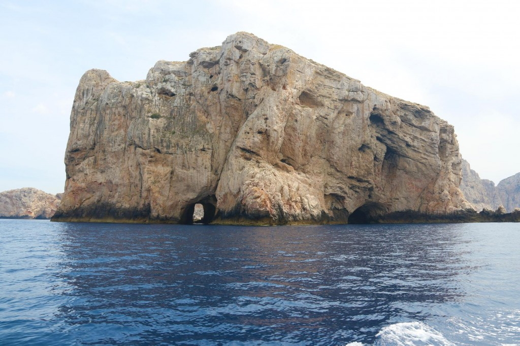 Small Isola Piana is almost the western point of Sardinia