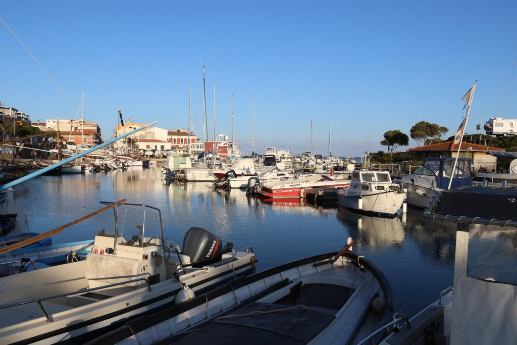 ocal boats in Porto Minore