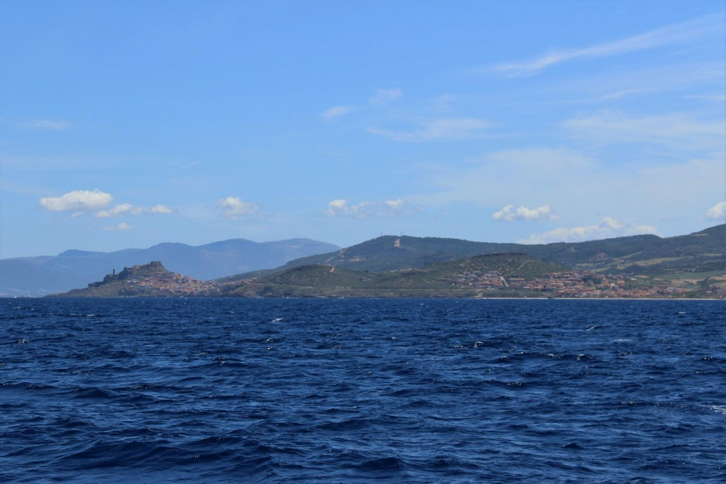 After a couple of hours of motoring in the far distance we see the castle town of Castelsardo