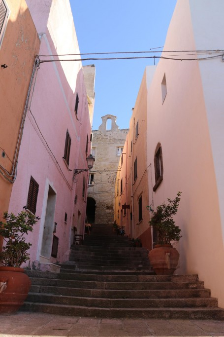 One of the many narrow dark stepped alleyways of the centro storico