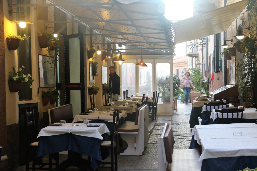 John and Angela discover this nice little restaurant in an alleyway