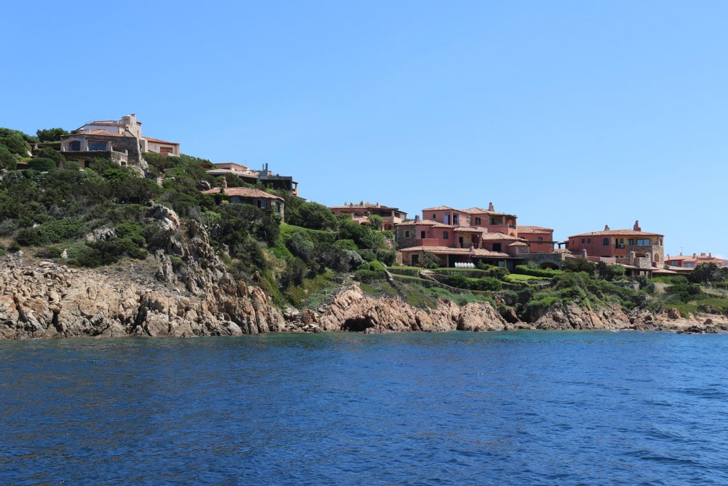 The houses surrounding the reasonably sized Port have been sympathetically designed to blend into the hillside
