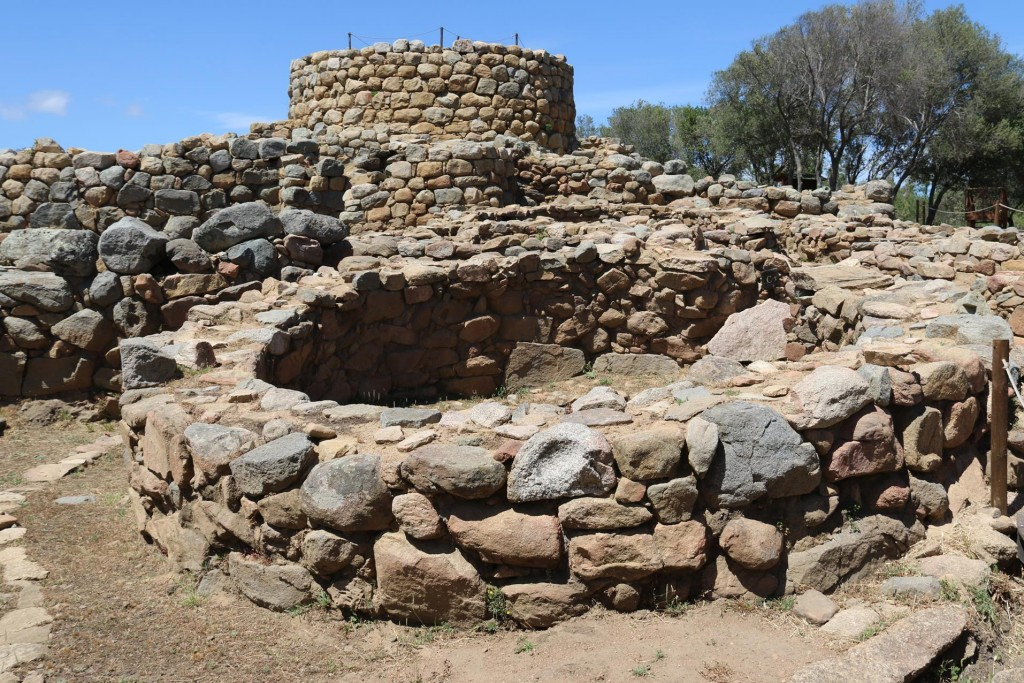 Finally we visit the Nuraghe La Prisgiona which is was quite close to the Coddu Ecchju