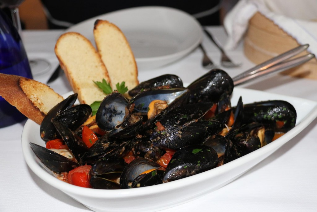 Our favourite mussel dish with added chilli