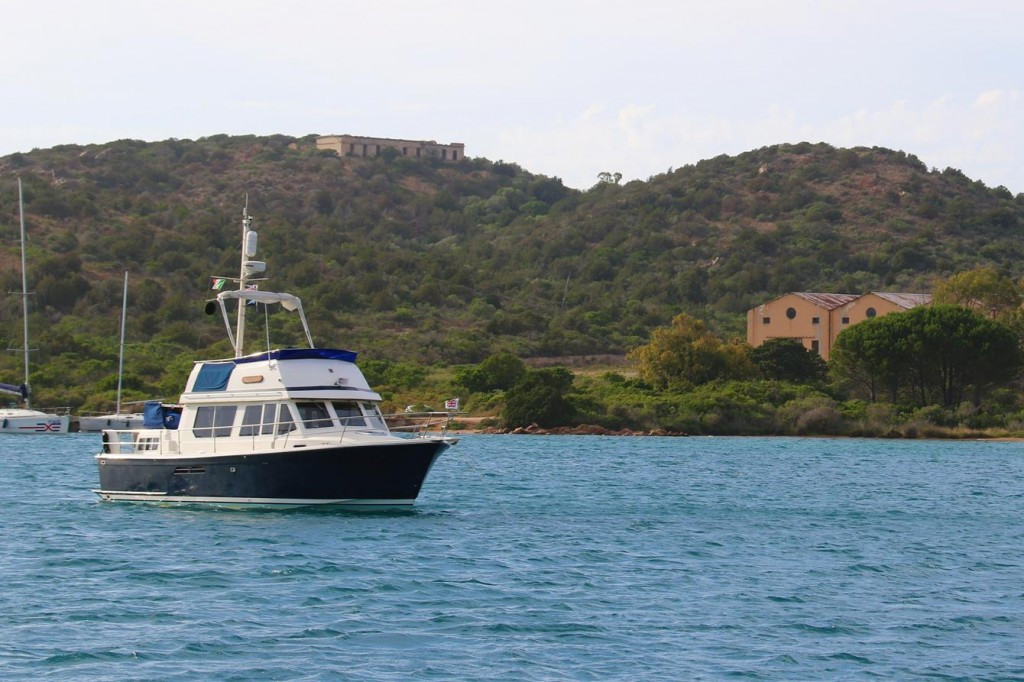 Porto Palma on the south of Caprera Island is a very safe and comfortable overnight anchorage in the La Maddalena Islands