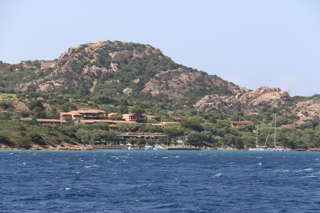 We approach Golfo delle Saline north of the mouth of Golfo di Arzachena