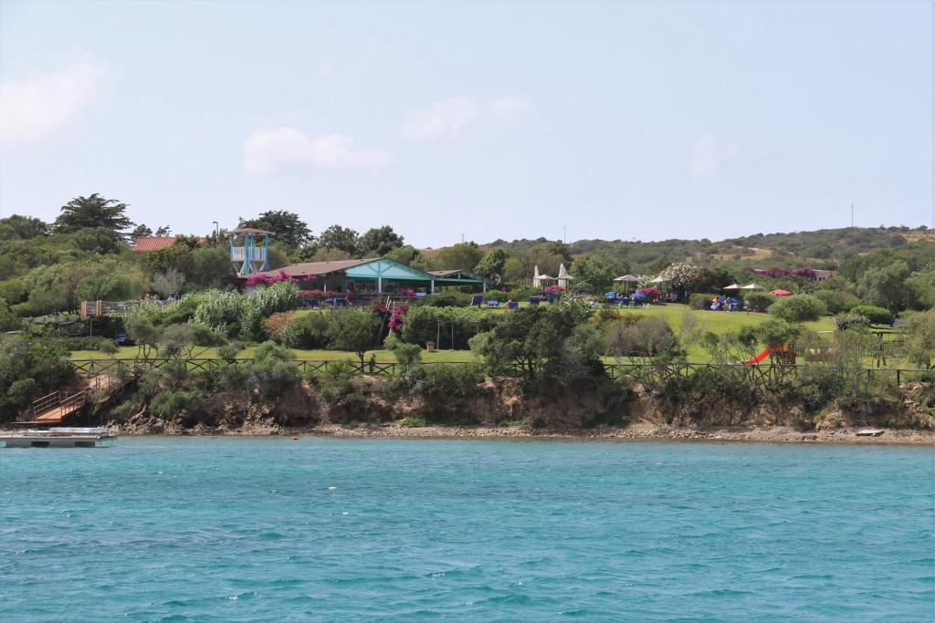 Being so close to the La Maddalena Islands there are numerous waterfront holiday resorts in Golfo delle Saline