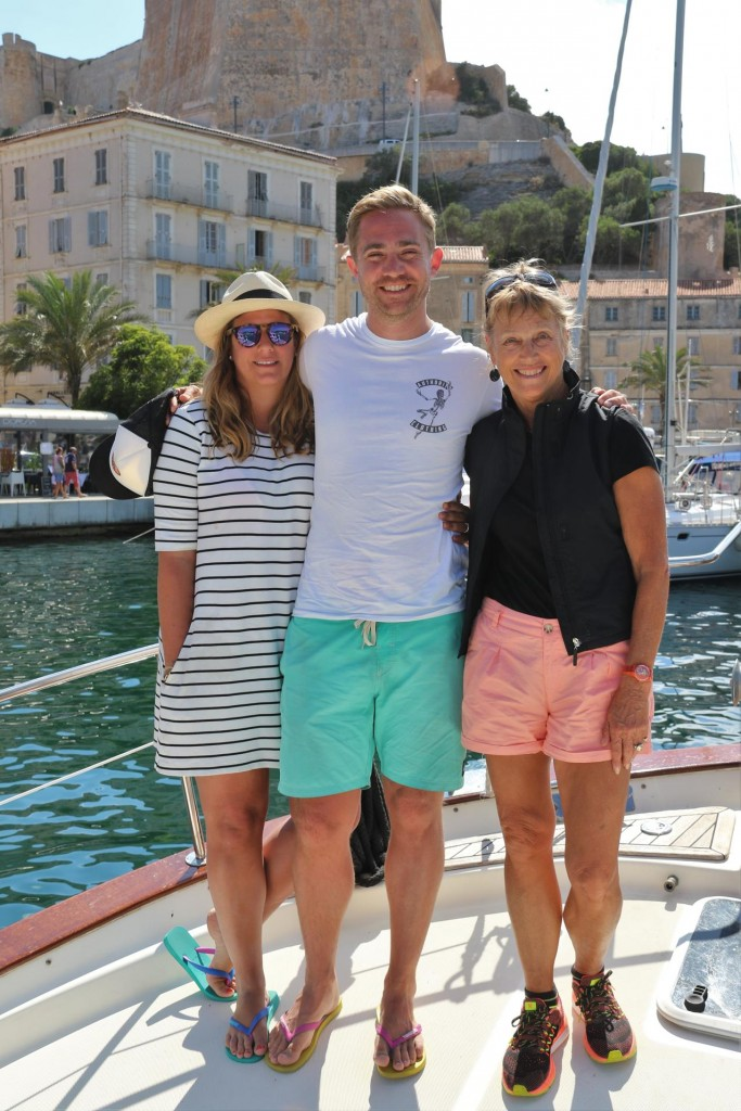 Our guest Michele arrives and by coincident a couple of her friends Mel and Nick from Geneva are in town for the day