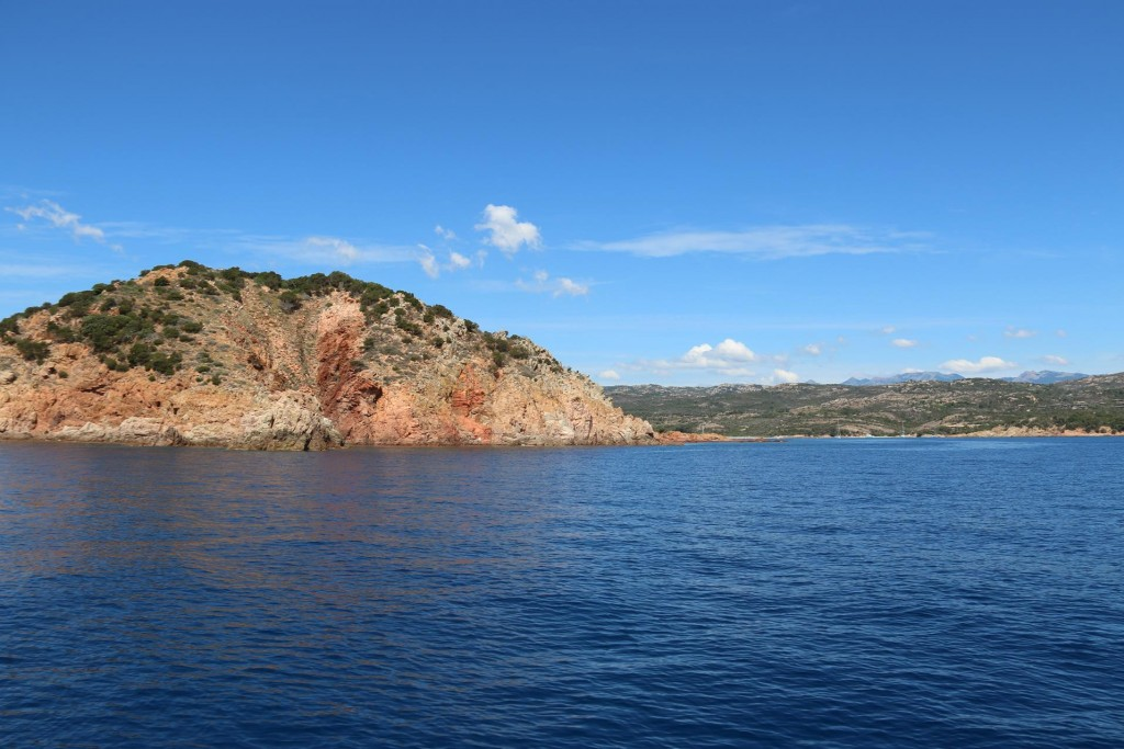 ....and up the coast passing Punta di U Capicciolo the south east tip