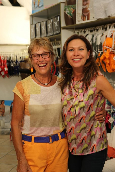 Some retail therapy for both Michele and Ric in the local bather shop