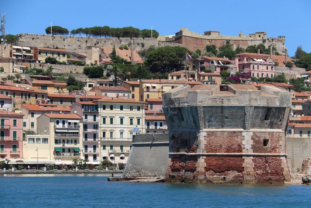 Goodbye to the lovely port of Portoferraio