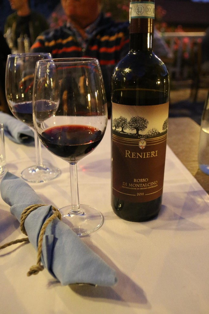 Again Ric chooses a nice vino rosso to have with our dinner tonight