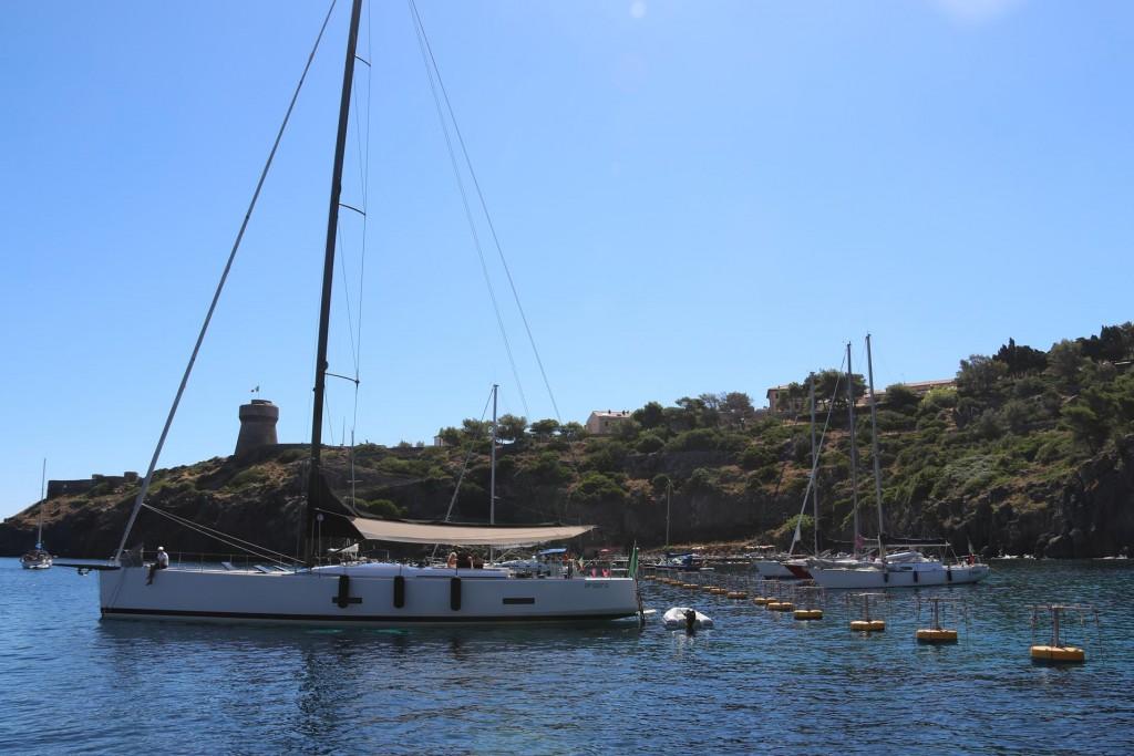 Morning on the moorings in Capraia