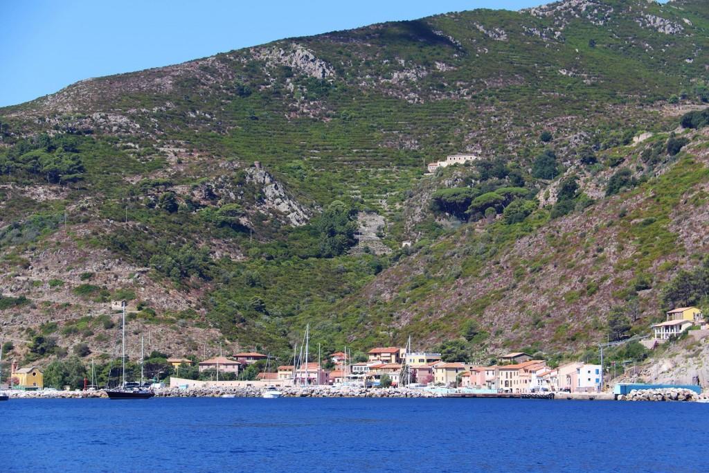 We head south again past Port Capraia