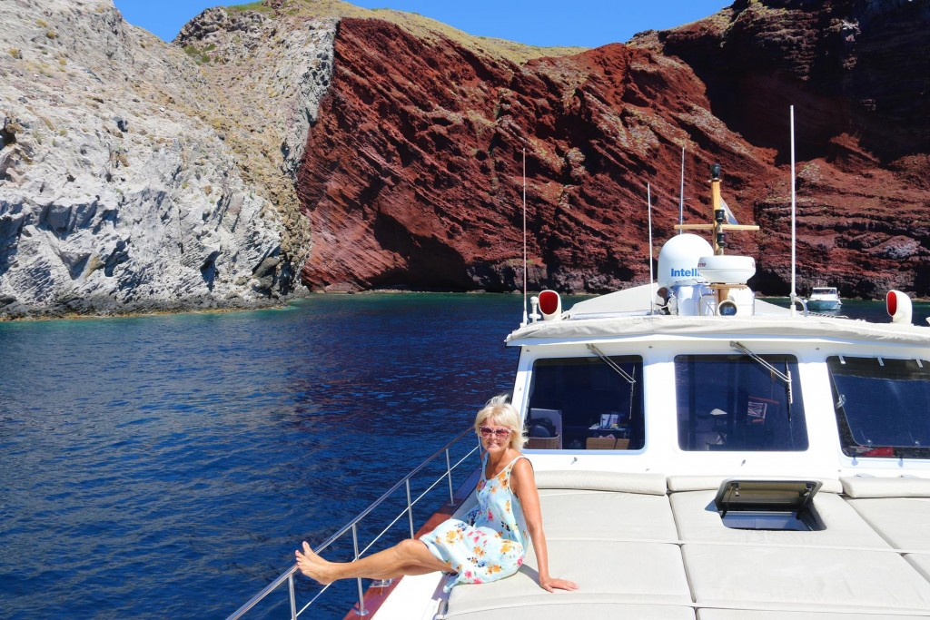 We drop anchor in this stunning bay to join the other visitors and have a swim