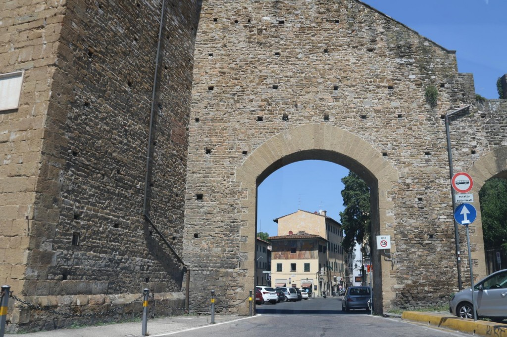 We arrive in Florence and enter the old part of the town and park the car