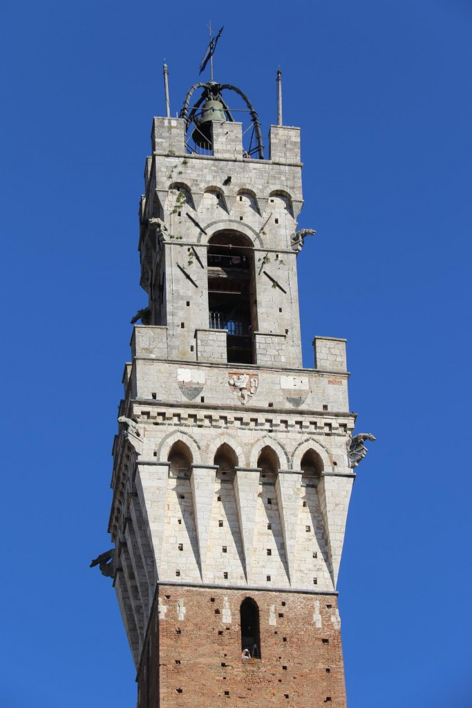 The 88 metre highTorre del Mangia with it's marble loggia was built between 1338-1348