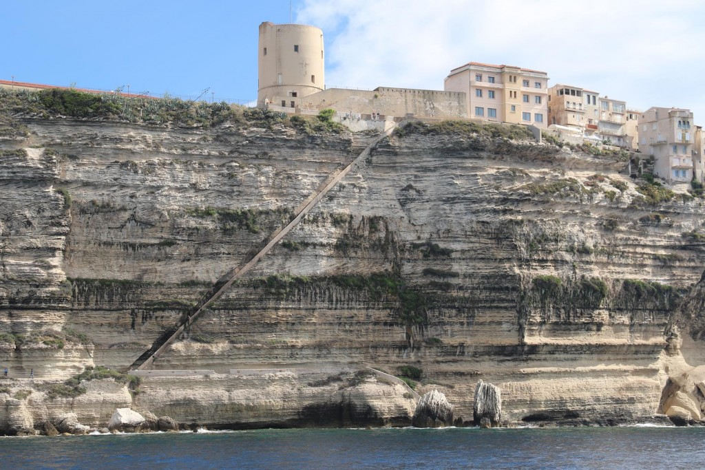Yesterday we once again scaled the Escalier du Roi d'Aragon, the King Aragon Steps which were carved into the limestone cliffs before the Aragonese seige in 1420 by locals to carry water from a well discovered by monks down on the foreshore