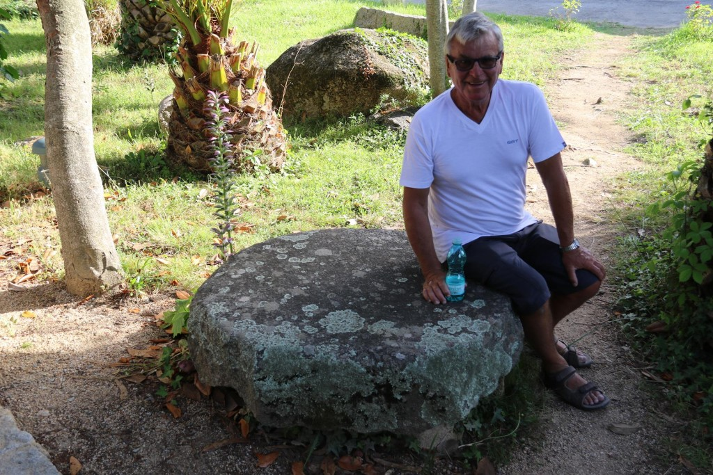 After over an hour in the heat of the late afternoon exploring the small ancient site it was time to return to Porto Pollo