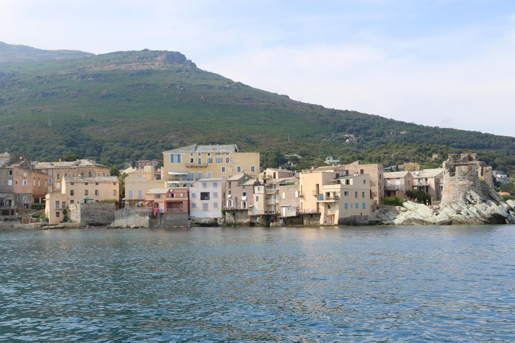 Erbalunga is situated north of the large town of Bastia where we intent going in the morning