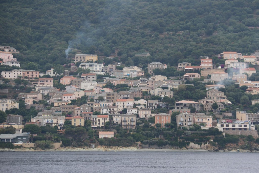 Approaching the town of Bastia with it's population of around 45,000