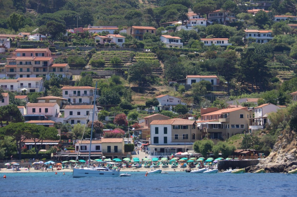 The pretty San Andrea bay is only suitable for mooring in when the sea and wind is totally calm
