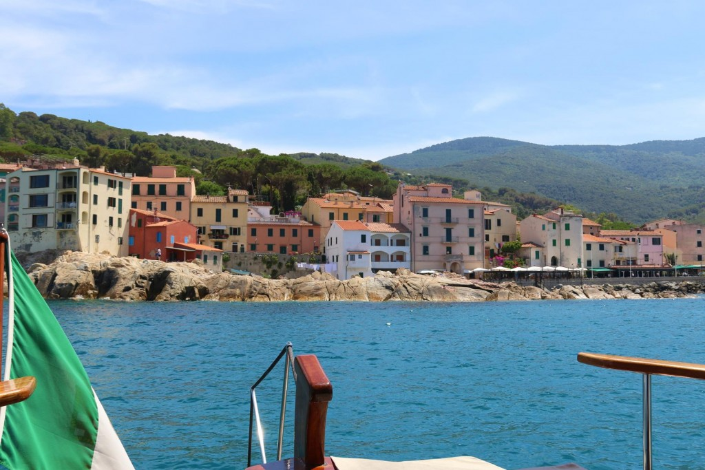 We arrive in the port of Marciana Marina and drop anchor in the bay