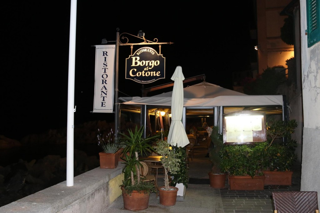 We arrive late and were lucky we could get a table in the very busy Ristorante Borgo al Cotone