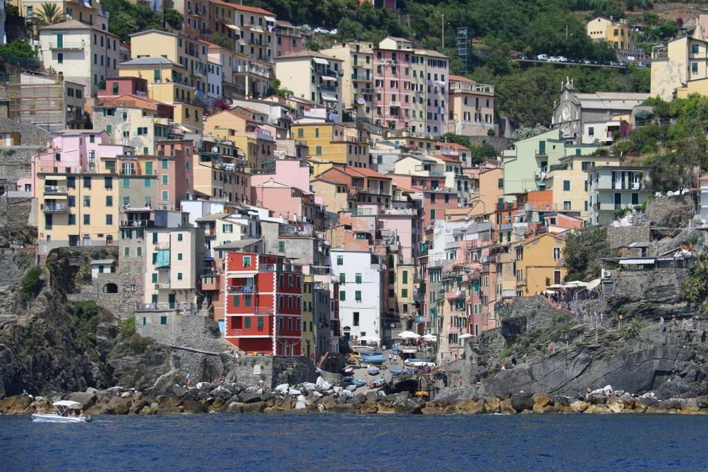 We arrive at Riomaggiore, the first village of the Cinque Terre ca