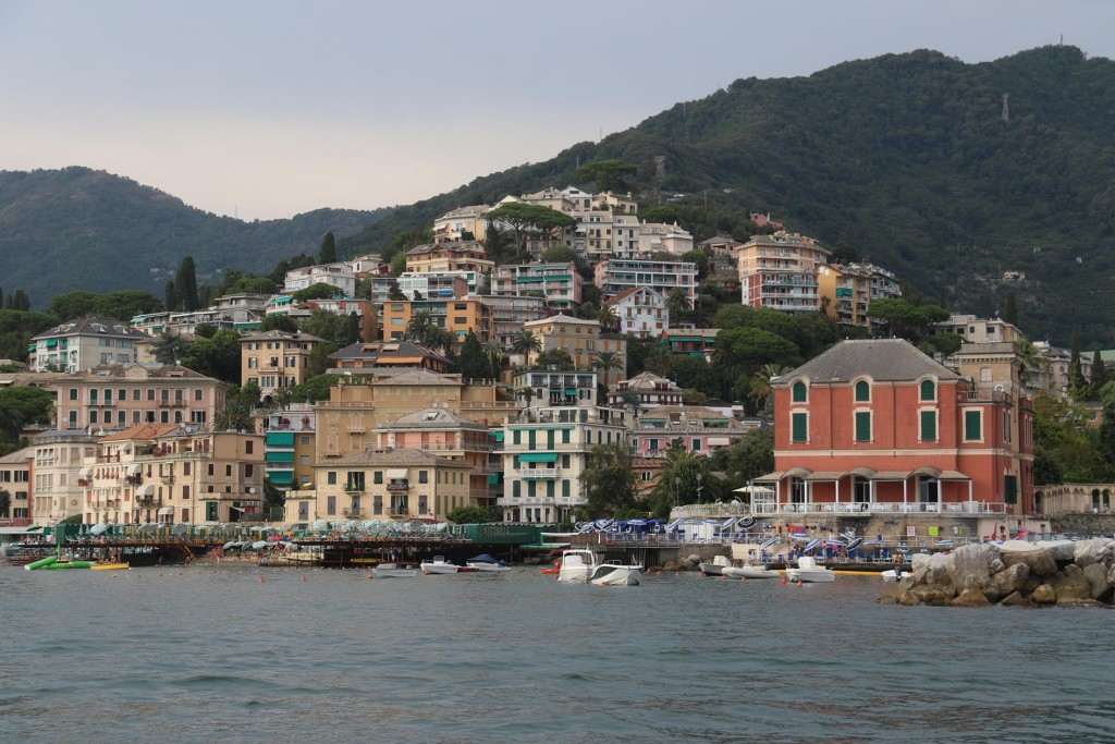 We finally arrive in the town of Rapallo which is at the head of the Golfo Marconi