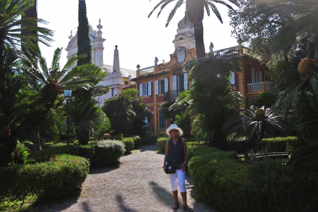 Beside the church was an entrance to the Villa Durazzo
