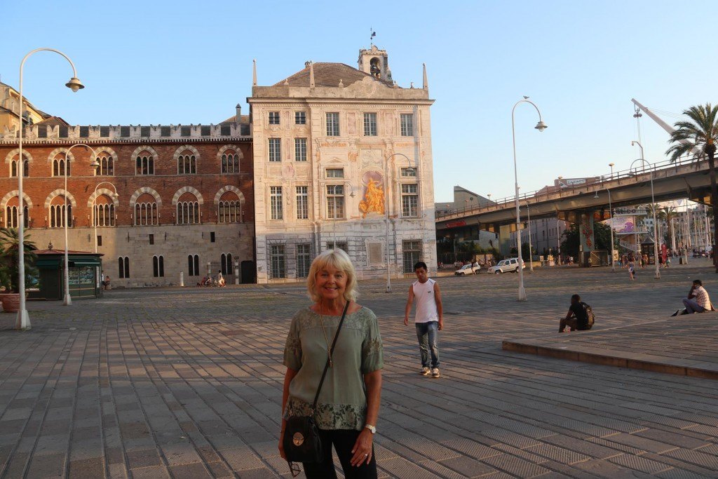 The large square Piazza Caricamento, was created in the 1800's as a loading square for the port however today is a pedestrian only area