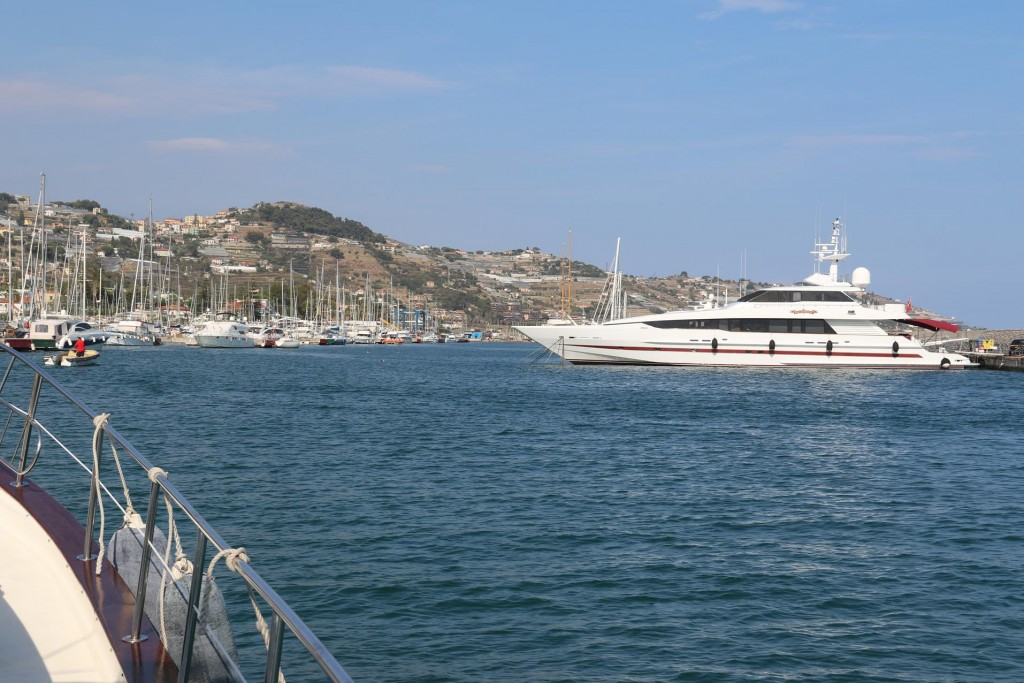 The Portosole Marina is quite large and has over 800 berths for vessels of all sizes