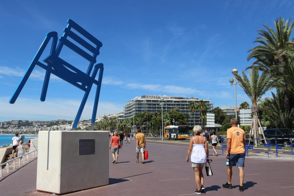 Nearby is the 'Blue Chair' sculpture which represents the many hundreds of blue chairs that have lined the promenade for many years - none to be seen this year!!