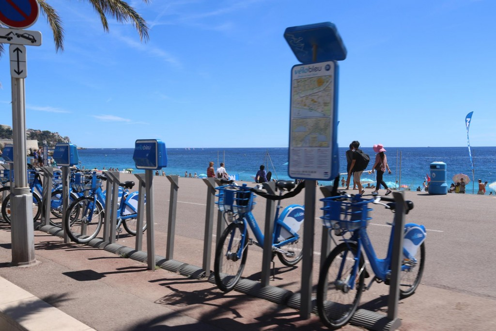 Bicycles can be hired from the many bike stations which are situated all over town