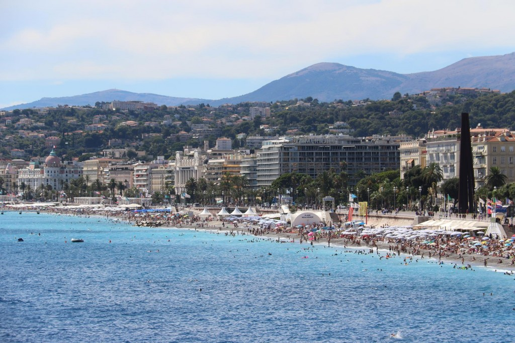 Looking back to Promenade des Anglais from Quai Rauba Capeu which is a continuation of the famous road heading east towards the port