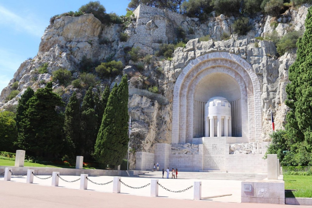 It is quite an amazing feat how the War Memorial of Nice was carved into the rock in the hillside