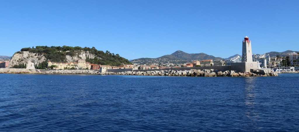 The Nice Port has an ideal position situated almost close to the centre of the lovely town