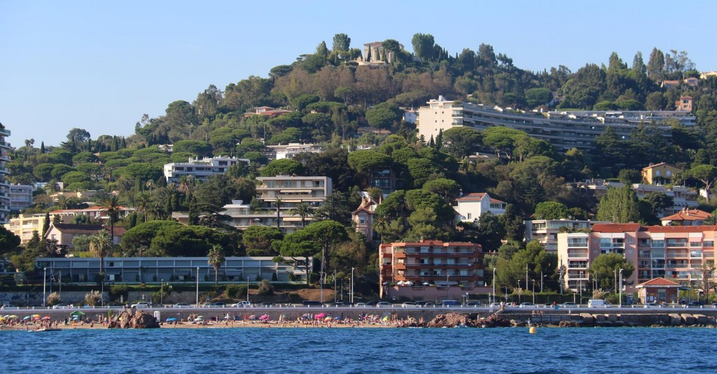 The beach in Cannes stretches along the shores for several kms