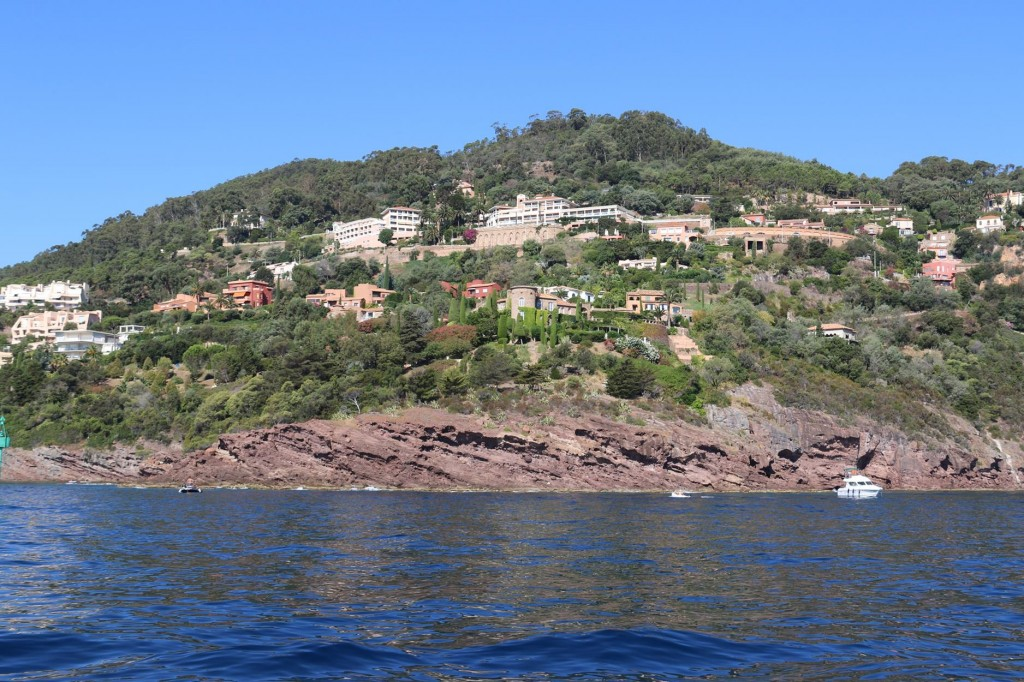 Just beyond Theoule are magnificent villas built discreetly into the wooded hillsides