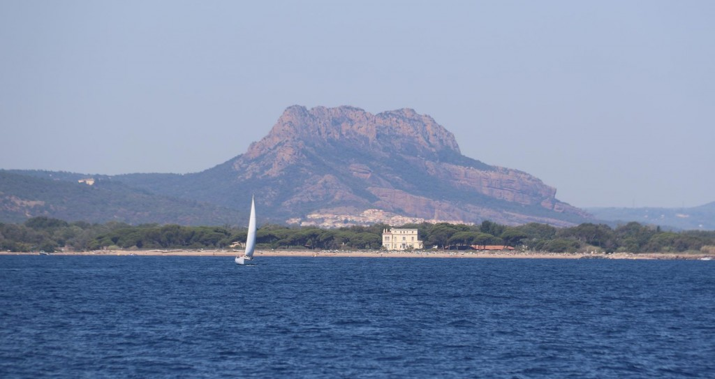 Nearby is the volcanic ancient rock called The Esterel which can be seen between Agay and Santa Lucia from the coast