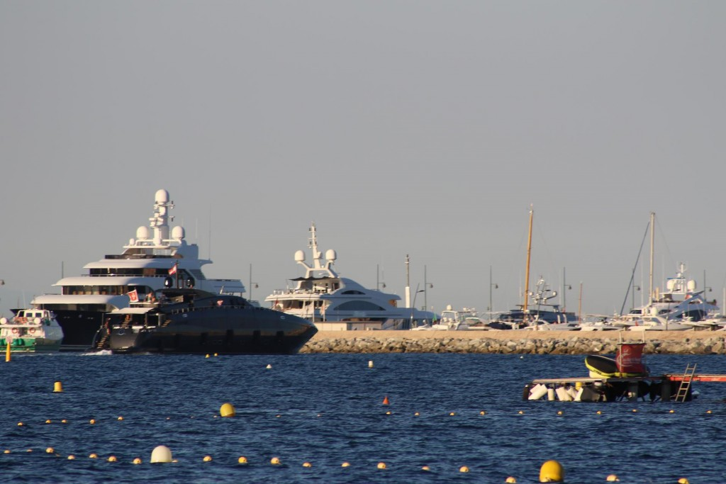 There was a long queue of expensive motor yachts waiting to be berthed in St Tropez