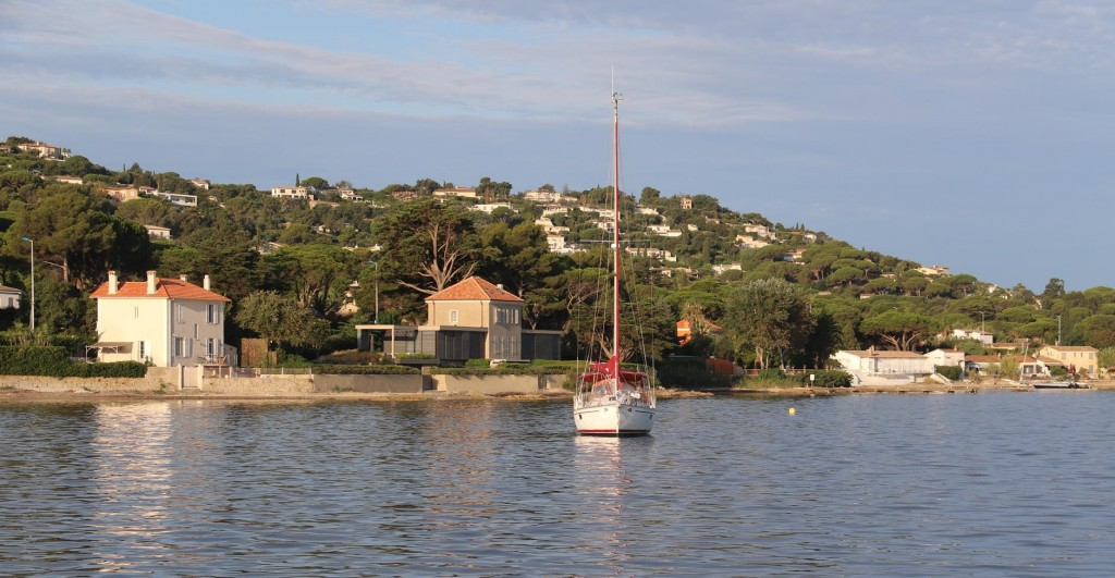 Our anchorage off the small beach in St Tropez