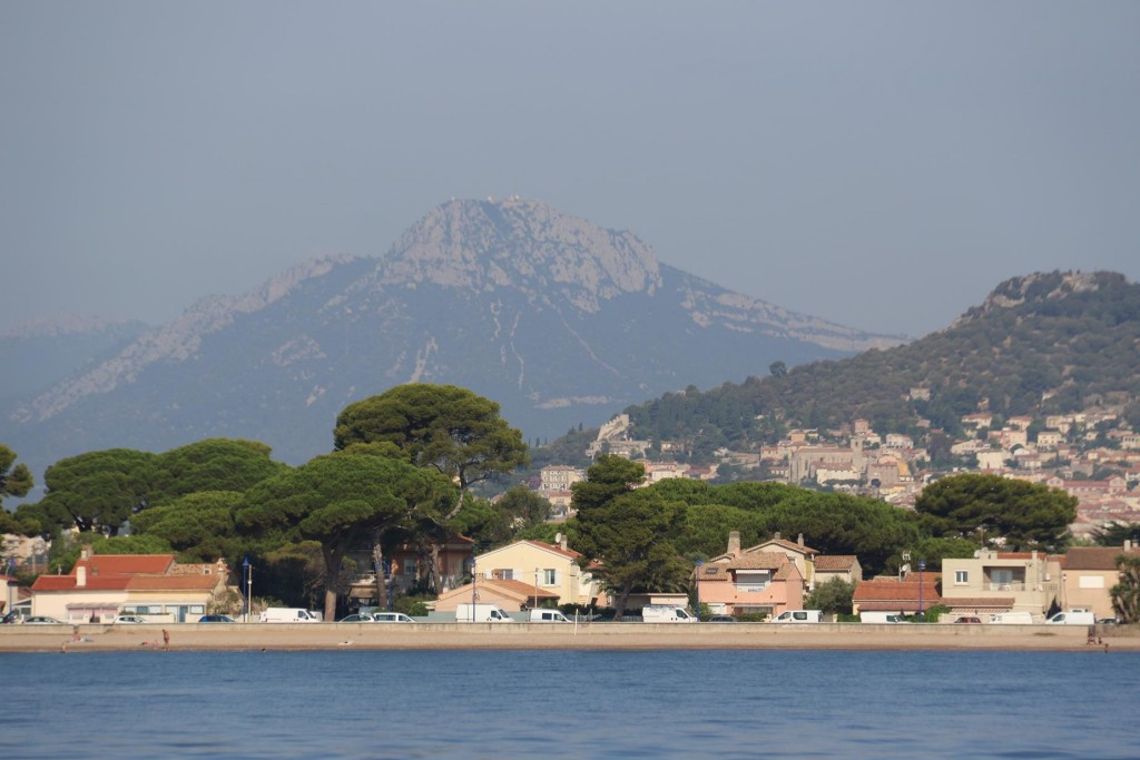 Inland on the slopes is the ancient town of Hyeres-Plage