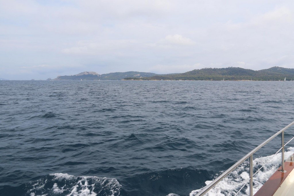 Once all was sorted we decided to head to the island of Ile de Porquerolles just south