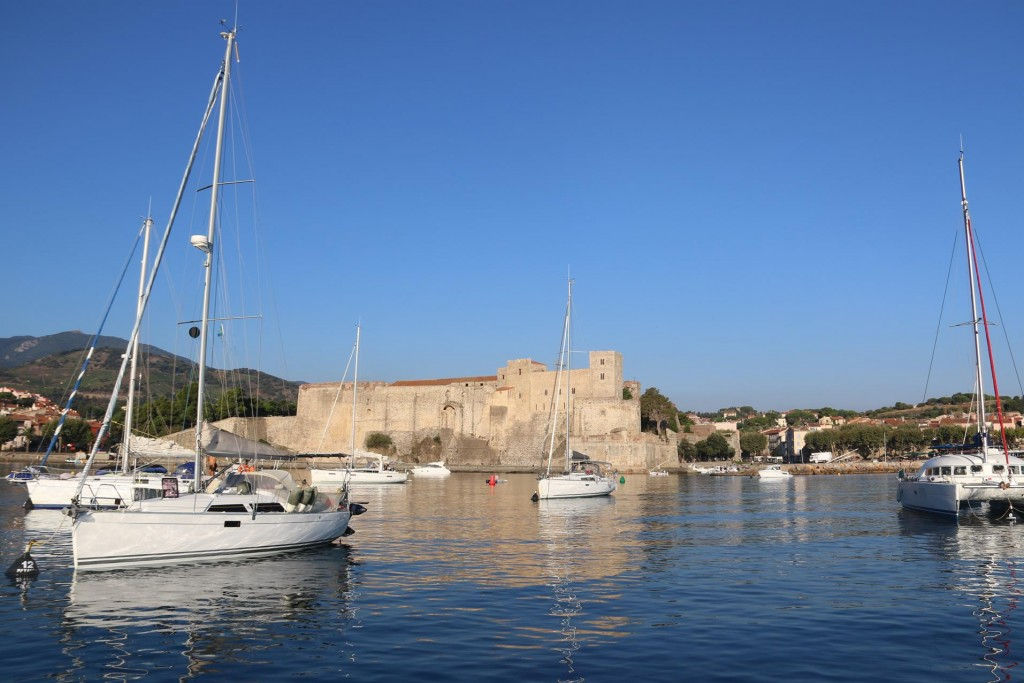 We wake up to a beautiful warm and clear day in Collioure