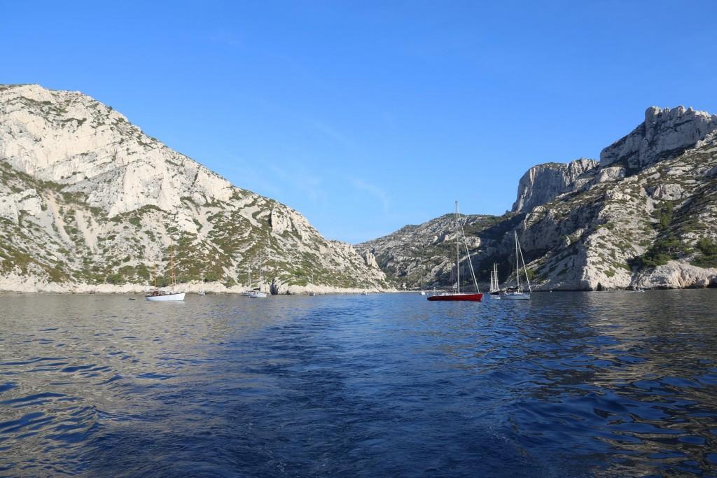 An amazing overnight anchorage in Calanque Morgiou